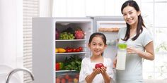 How To Use Your Refrigerator To Eat Healthier. We tell you how to use your refrigerator in smart ways to live healthier, even save some money, and do your bit for the planet. Dinner Recipes For Kids, Kids Meals, No Calorie Snacks, Image Healthy Food, Health Logo, Health Eating, Food Labels, Health Magazine, Healthy Living Tips