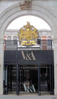 V & A Museum, London