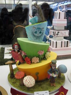 https://flic.kr/p/7ThFRH | Alice in Wonderland | By Anna Maria Roche. Cake decorating competition at the Sydney Royal Easter Show, 2009