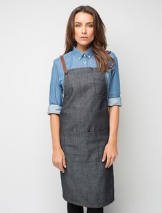 The Henry Bib Apron in Charcoal is a darker version of the original mocha and pebble colour ways. It is a versatile apron that can be effortlessly coordinated with a wide colour range to personalise your staff look, and is ideal for both retail and hospitality environments. This lightweight fabric has a mildly-grainy vintage look that adds to its appeal, and you can customise your apron by selecting from our range of colourful 'Mix It Up' straps. Also available in Pebble, and Mocha, as…