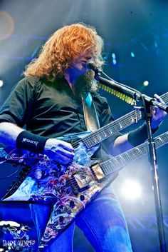 Here is Mr Dave Mustaine of Megadeth. This was the first time I photographed them, but not my last ;)