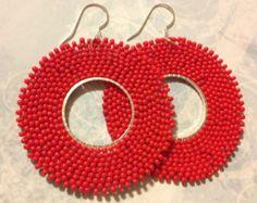 Artículos similares a Seed Bead Earrings - Indigo and Gold Diamond Goddess Post Earrings en Etsy