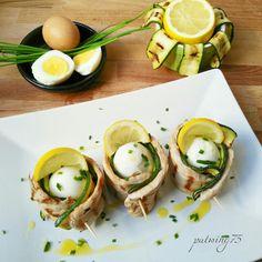 Involtini di maiale con zucchine alla griglia,uovo sodo e limone