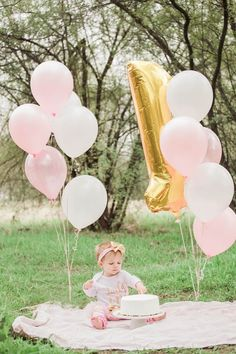 little girl birthday cake smash outdoors! photos by: Stesha Jordan Photography little girl birthday cake smash outdoors! photos by: Stesha Jordan Photography 1st Birthday Cake For Girls, Birthday Girl Pictures, 1st Birthday Photoshoot, 1st Birthday Cake Smash, Birthday Ideas, 1st Birthday Balloons, 1 Year Birthday, Outdoor Cake Smash, Bebe 1 An