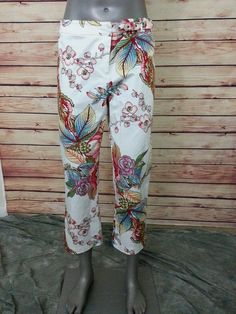 Caché capris cropped pants floral print womens size 8 stretch casual #Cach #CaprisCropped
