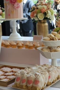 pink and gold dessert table by www.alittlepolkadot.com.au