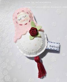 red rose - my doll - felt/wool