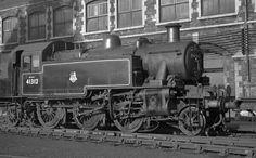 BR (LMS)  Ivatt class 2  2-6-2T Steam Railway, British Rail, Isle Of Wight, Steam Engine, Steam Locomotive, Great Britain, Centre, Mickey Mouse, Engineering