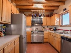 19 Valencia Loop, Santa Fe, NM, 87508 MLS #201500809 pin 3 kitchen