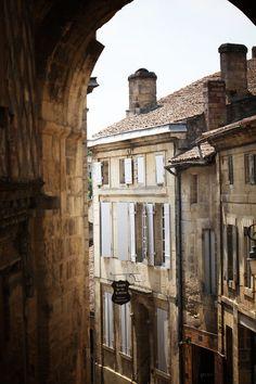 Emillion, France photo via floorabella Places Around The World, Travel Around The World, Around The Worlds, Places To Travel, Places To See, Travel Destinations, Wonderful Places, Beautiful Places, Saint Emilion