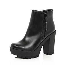 Put your best foot forward with our hot new season women's shoes collection. From summer sandals to any-weather boots, shop our full shoe collection here. Short Black Boots, Black High Heels, Black Shoes, Black Booties, Ankle Booties, High Heel Boots, Shoe Boots, Shoe Collection, Boots Women