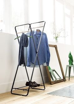 Products 66 cm clothes rack Chittum Rebrilliant How to Carry a Ladder Correctly In today's world, it Heavy Duty Clothes Rack, Metal Clothes Rack, Clothes Rail, Capsule Wardrobe, Wardrobe Rack, American Girl, Organic Skin Care Lines, Portable Wardrobe, Hills And Valleys