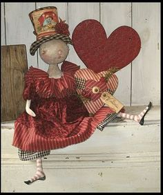 60 Pixies Thimble Valentine Doll with Heart