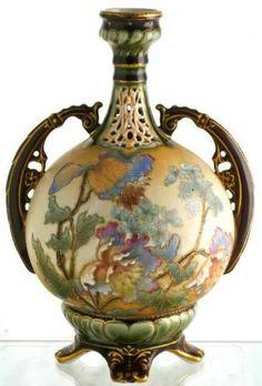 Earnst Wahliss Bohemian Art Nouveau Vase