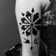 André Boi Curitiba pine tree araucária black art tattoo