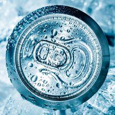 Sucos, refrigerantes e outras bebidinhas geladas geralmente estão mais próximas da data de vencimento.
