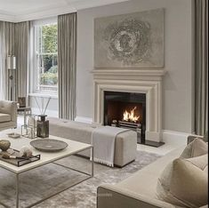 Déco Salon – all taupe living room in different shades has a cool soothing effect… Taupe Living Room, Elegant Living Room, Formal Living Rooms, Living Room Interior, Home Living Room, Home Interior Design, Living Room Designs, Living Room Decor, Living Spaces