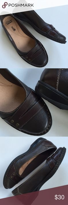 """Like new Clarks leather shoes Like new; These are super comfy but still super cute! Brown leather with 1"""" heel; antiqued brass hardware. From Clarks """"Soft Cushion"""" line. Smoke-free/pet-free home. Clarks Shoes"""