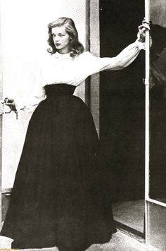 Lauren Bacall & that unmistakable 'look'.......