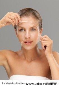 Eine schöne und gleichmäßige Haut durch Peelings http://www.ulrike-maldoff.ch/peeling/