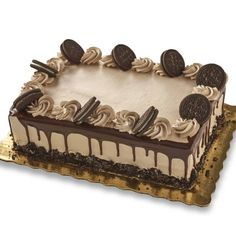 Birthday Cake Cookies, Candy Birthday Cakes, Cake Decorating Frosting, Birthday Cake Decorating, Cake Decorating Tips, Chocolate Cake Designs, Chocolate Drip Cake, Crazy Cakes, Wedding Sheet Cakes