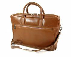 """Volnerf 2 vaks Business laptoptas 15,6"""" Cognac van het merk Plevier, duurzame klasse akte tassen voor zaken mannen van deze tijd."""