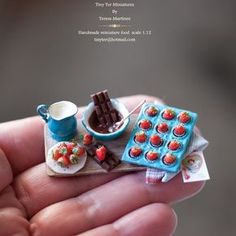 #miniature #food #minifood #chocolate #strawberries