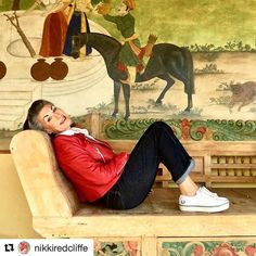 💋 Always radiant, gorgeous and oh so feminine in the red leather biker 🔥 jacket  Nikki, who is looking prettier by the year 🌹 /  Всегда блистательно красивая и такая женственная в красной байкерской 🔥 куртке Никки, которая хорошеет с каждым годом 🌹 #Repost  with permission @nikkiredcliffe with @repostapp ・・・ And .... relax! Pool house in Andalucia on the last day of January. Button jeans from @freddiesofpinewood with red leather biker jacket and @fredperry_1952 sneakers…