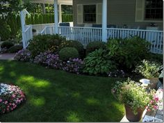 Impressive Front Porch Landscaping Ideas to Increase Your Home Beautiful 05