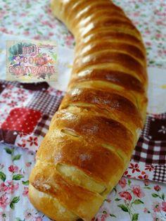Brie com Goiabada: Pão Modelado com Linguiça e Frango