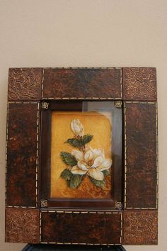 IMITACION CUERO                                                                                                                                                      Más Diy And Crafts, Arts And Crafts, Decoupage Tutorial, Frame Crafts, Wallpaper Pictures, Mural Art, Art Nouveau, Quilling, Diy Projects