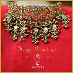 ... Indian Jewelry Sets, Indian Jewellery Design, Indian Wedding Jewelry, Royal Jewelry, India Jewelry, Jewelry Design, Gold Jewellery, Amrapali Jewellery, Bridal Jewellery