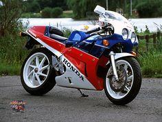 87 Honda vfr400r
