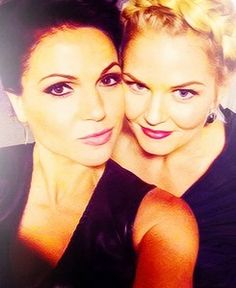 """Lana Parrilla and Jennifer Morrison at the Comic Con 2012.  Lana captions this """"my step granddaughter is ah-mazing."""""""