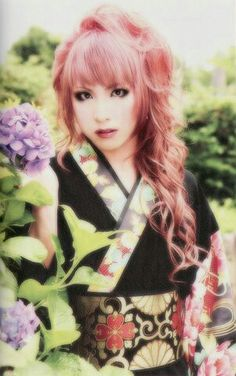 Beautiful Hizaki (Versailles, Jupiter)