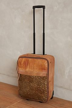 Anthropologie Orinico Trolley Suitcase This is the cutest suitcase ever to suitcase! Never have I admired a suitcase until today. Travel Accessories, Fashion Accessories, Trolley Case, Look Boho, Puppy Face, Travel Bags, Travel Luggage, Travel Style, Fashion Bags