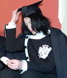 Photo of Oxford Speech 2001 for fans of Michael Jackson 19785915 Rare Pictures, Rare Photos, Photos Of Michael Jackson, Ll Cool J, My First Crush, King Of Music, The Jacksons, Beautiful Smile, My Idol