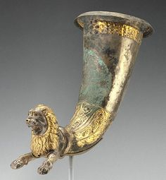 Lion-Shaped Spouted Horn (Getty Museum)Unknown Parthian, 100 - 1 B.C. Silver, gold, and garnet 12 x 7 5/16 x 14 in. 86.AM.754.1