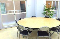 駒沢レンタルスペースの机です。 https://www.instabase.jp/rooms/komazawa