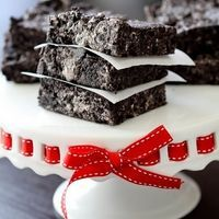 No-Bake Chewy Oreo Bars by Picky-Palate.com