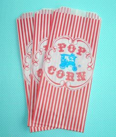 100 Vintage Style Wagon Popcorn Bags by WrapupthePartyShop on Etsy