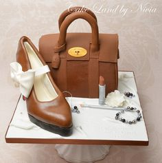 Mulberry handbag cake  Cake by Nivia