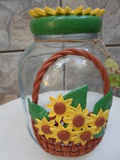 Jar Crafts, Diy And Crafts, Painted Glass Vases, Mug Art, Polymer Clay Projects, Diy Projects To Try, Clay Art, Decoupage, Decoration