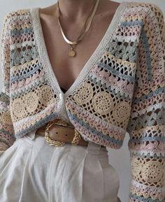 Mode Crochet, Diy Crochet, Cute Casual Outfits, Pretty Outfits, Crochet Designs, Crochet Patterns, Crochet Crop Top, Crochet Shirt, Mode Inspiration
