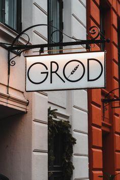 A street sign for Groed, a great brunch restaurant in Copenhagen, Denmark