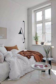 Home Decor Habitacion .Home Decor Habitacion Minimalist Bedroom, Minimalist Home, Minimalist Window, Minimalist Lifestyle, Home Design, Home Interior Design, Design Blog, Interior Colors, Interior Plants