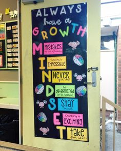 45 brilliant diy classroom decoration ideas & themes to inspire you 25 ~ Design . - 45 brilliant diy classroom decoration ideas & themes to inspire you 25 ~ Design And Decoration - Classroom Board, 3rd Grade Classroom, Middle School Classroom, New Classroom, Classroom Setting, Classroom Design, Classroom Organization, Classroom Management, Year 3 Classroom Ideas