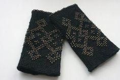 Beautiful handmade and beaded wrist warmers from Lithuania <3