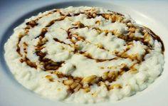 Un risotto speciale con una crema di parmigiano ed una riduzione di Sherry. Ecco la ricetta, la scelta degli ingredienti e l'abbinamento vino.
