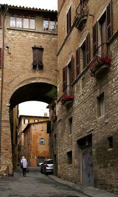 Via Bontempi, Perugia, Italy Travel Around The World, Around The Worlds, Perugia Italy, Small Group Tours, Sustainable Tourism, Italian Villa, Travel Plan, Old Town, Tuscany